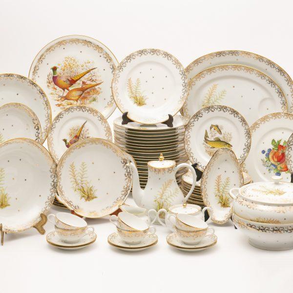Service de porcelaine de Limoges 96 pièces «VENDU»