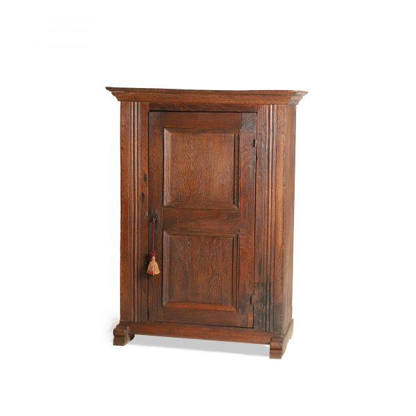 Ancien meuble de rangement XVIIIème