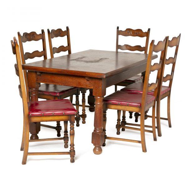 Table à manger style renaissance espagnole
