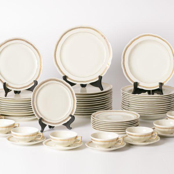 Service de porcelaine de Limoge 60 pièces VENDU